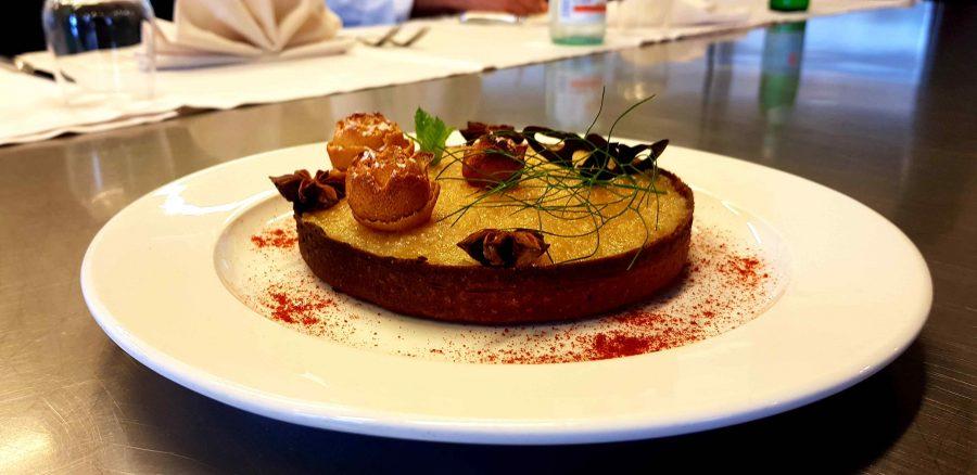 Crostatina di frolla al peperoncino e marmellata salata, la ricetta