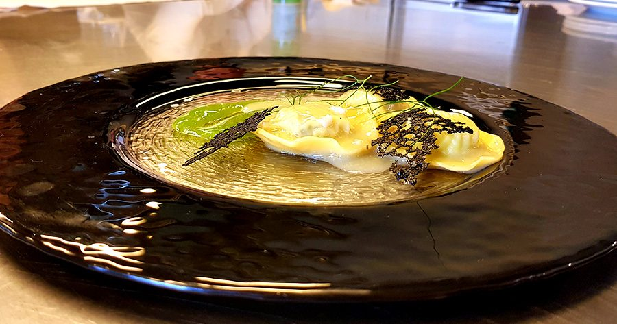 Ravioli all'essenza di seppia, la ricetta
